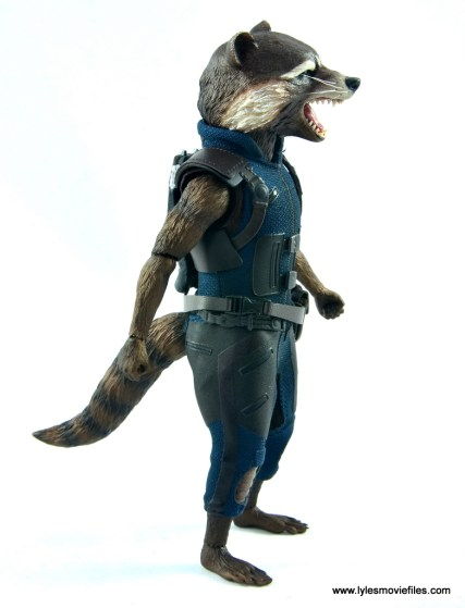 hot toys avengers infinity war groot and rocket review -rocket right side