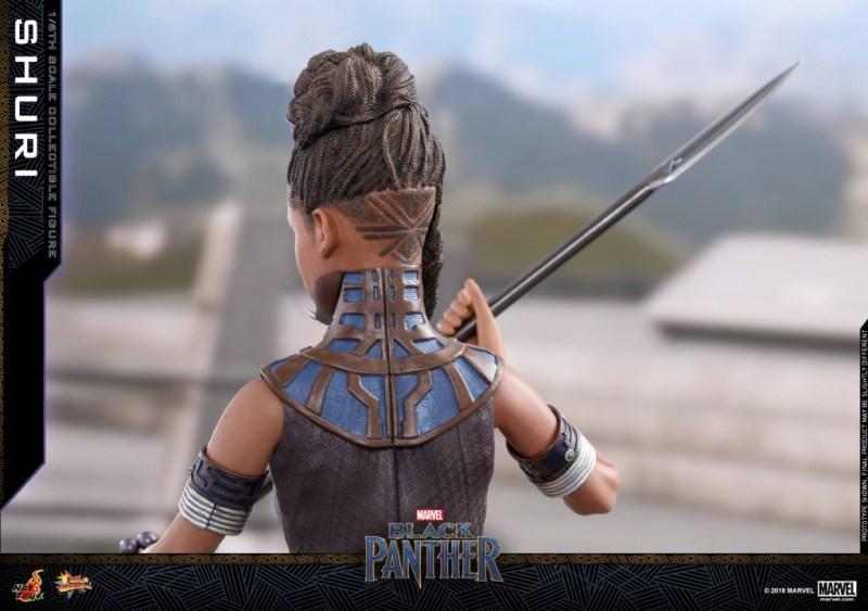 hot toys black panther shuri figure -hair detail