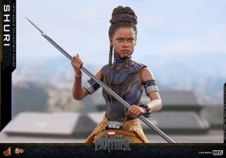 hot toys black panther shuri figure -holding spear