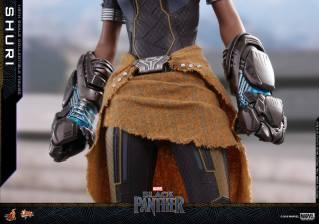 hot toys black panther shuri figure -skirt detail