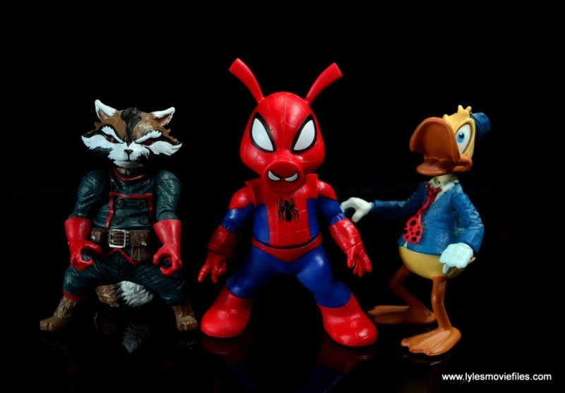 marvel legends spider-ham figure review -scale with rocket raccoon and howard the duck