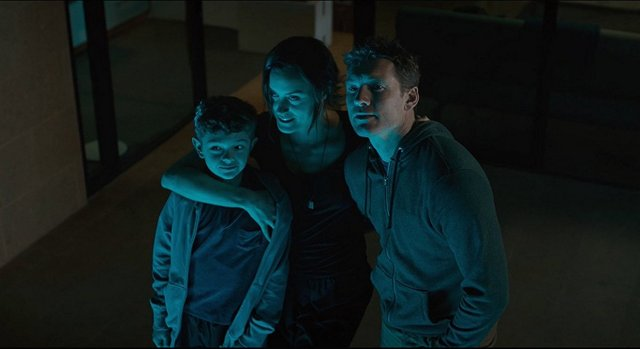 the titan movie review - noah jupe, taylor schilling and sam worthington