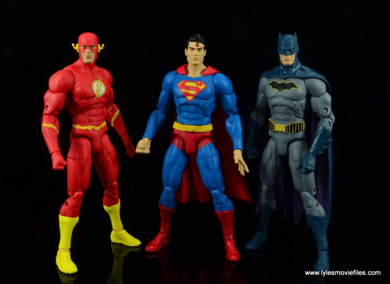 dc essentials superman review -hanging with flash and batman