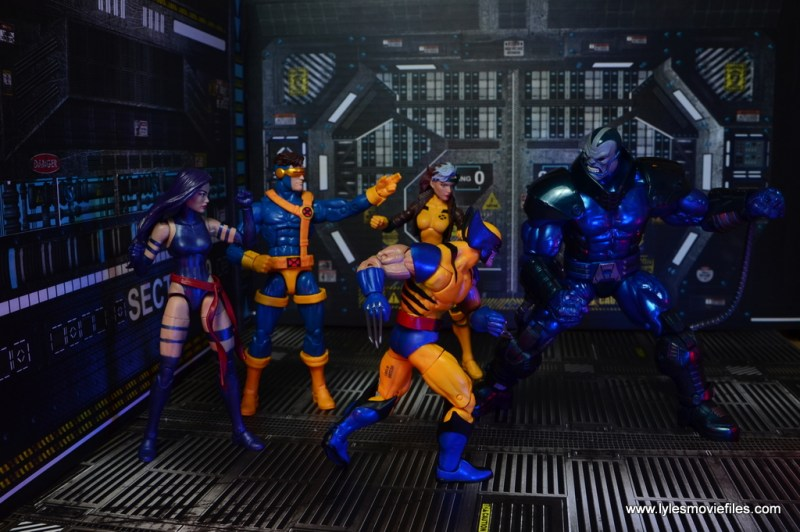 marvel legends baf apocalypse figure review - vs the x-men