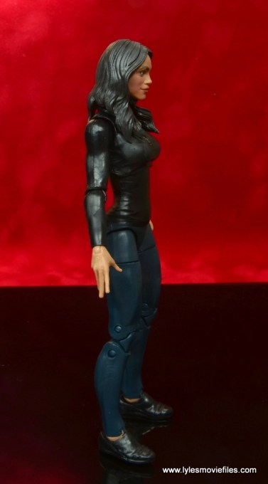 marvel legends luke cage and claire figure review -claire temple right side