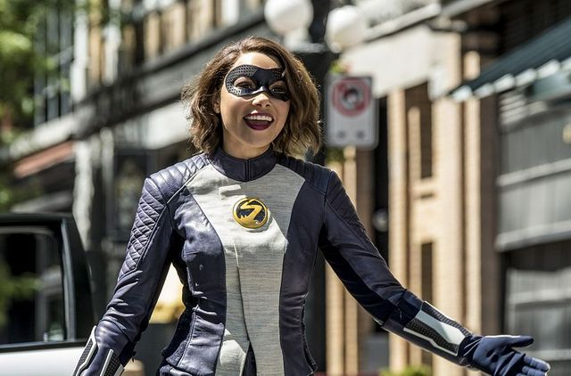 the flash nora review - nora