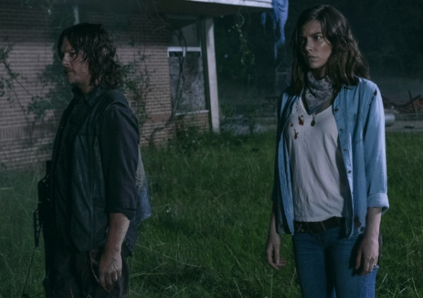 the walking dead warning signs review - daryl and maggie