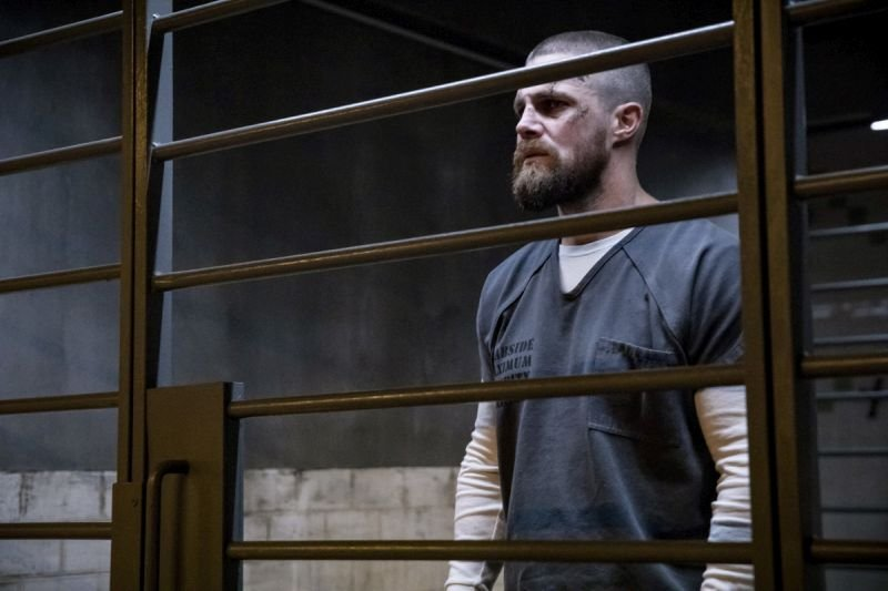 arrow the demon review - oliver in level two