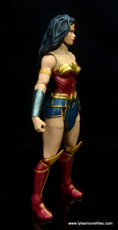 dc multiverse wonder woman figure review -right side