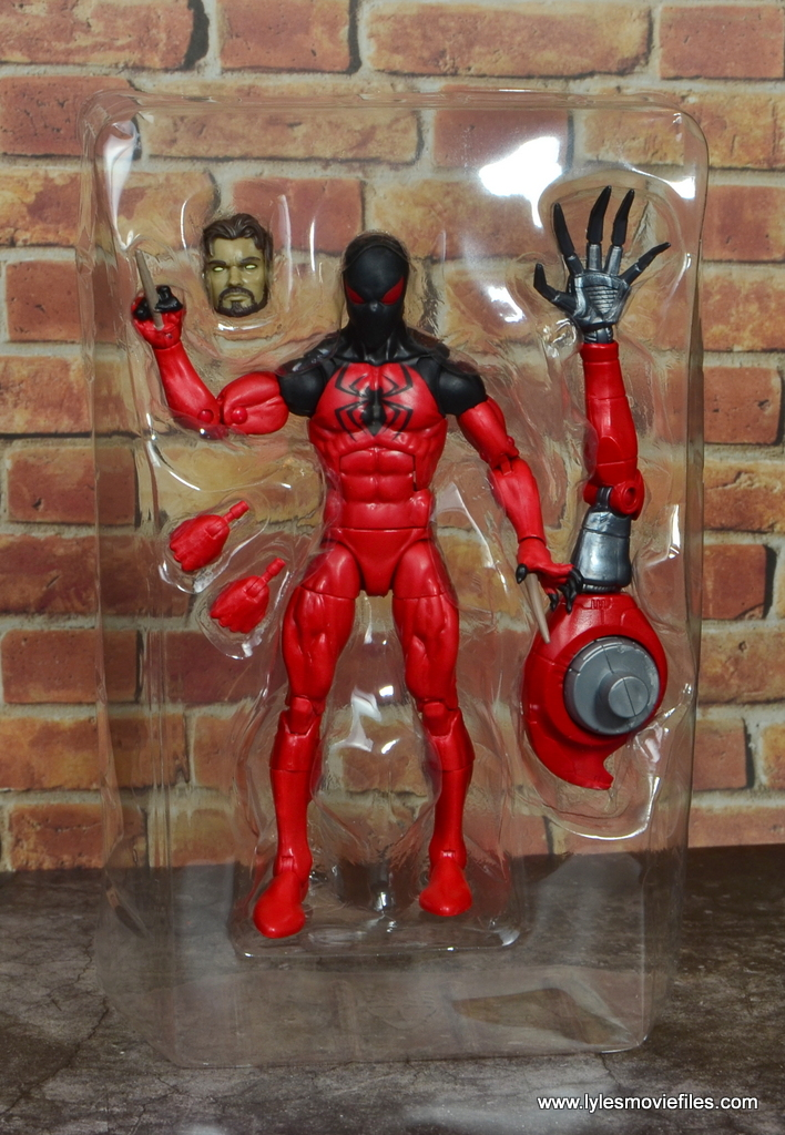 marvel legends scarlet spider figure review - accessories in tray