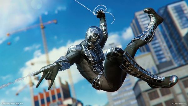 marvels-spider-man-the-city-that-never-sleeps-chapter-2-turf-war-armored spider-man swinging