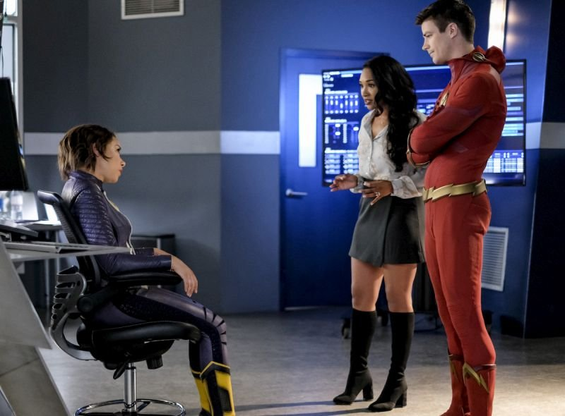 the flash all doll'd up review -nora, iris and barry