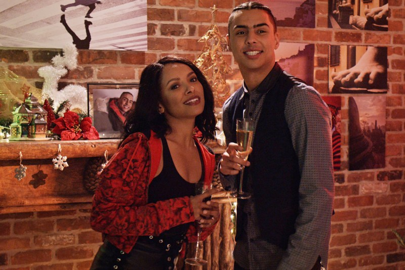 the holiday calendar movie review -kat graham and quincy brown