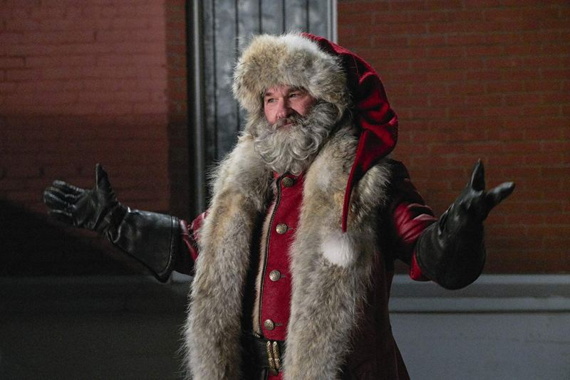 the christmas chronicles review - kurt russell as santa claus