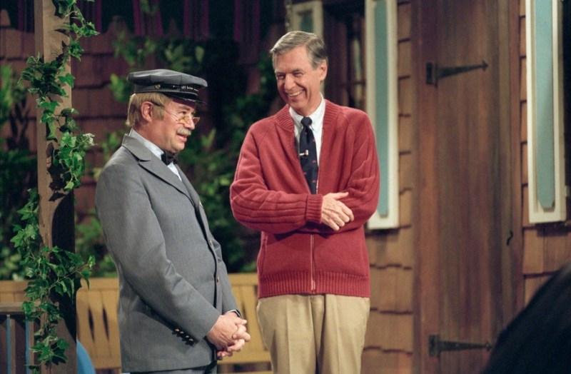 won't you be my neighbor movie review - david newell and fred rogers