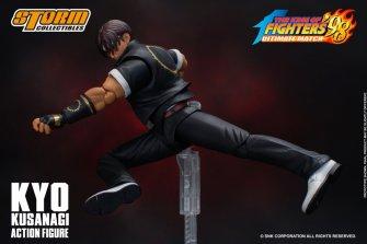 storm collectibles kyo kusanagi figure -jumping kick