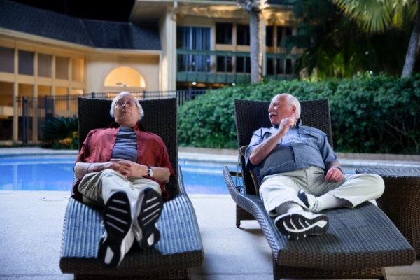 the-last-laugh-review-richard-dreyfusss-and-chevy-chase