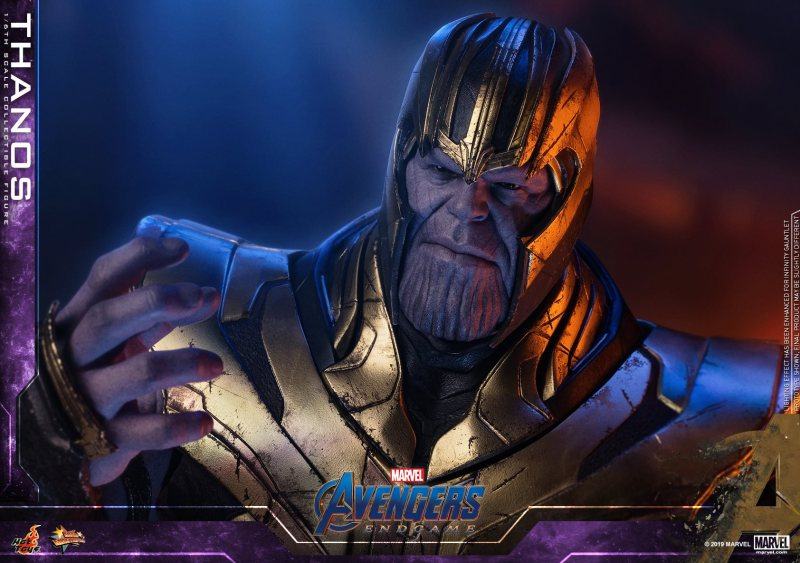 hot toys avengers engame thanos figure -close up