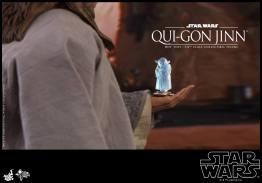 hot toys star wars the phantom menace qui-gon jinn figure -yoda hologram