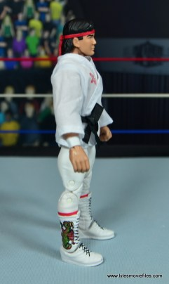 wwe elite flashback ricky steamboat figure review - robe right side