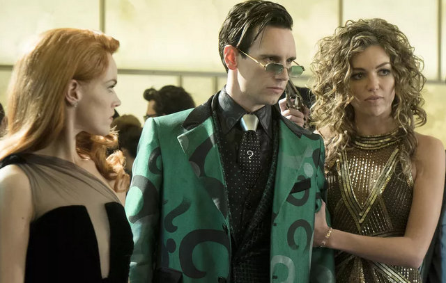 gotham the beginning - barbara, riddler and selina