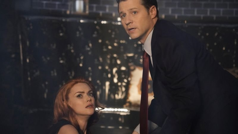 gotham the beginning review - barbara and gordon