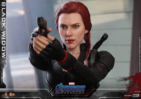 hot toys avengers endgame black widow figure - detailed aiming