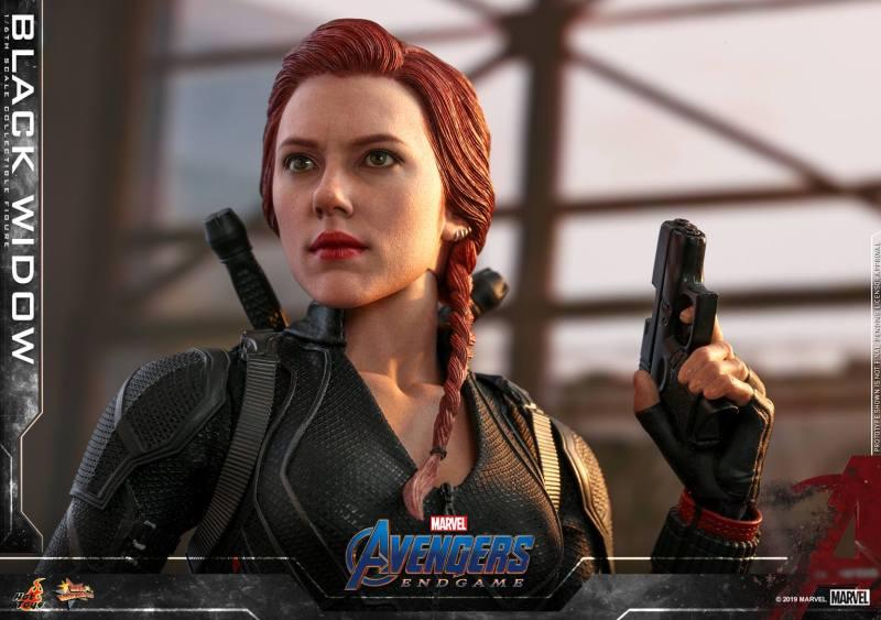 hot toys avengers endgame black widow figure - gun up