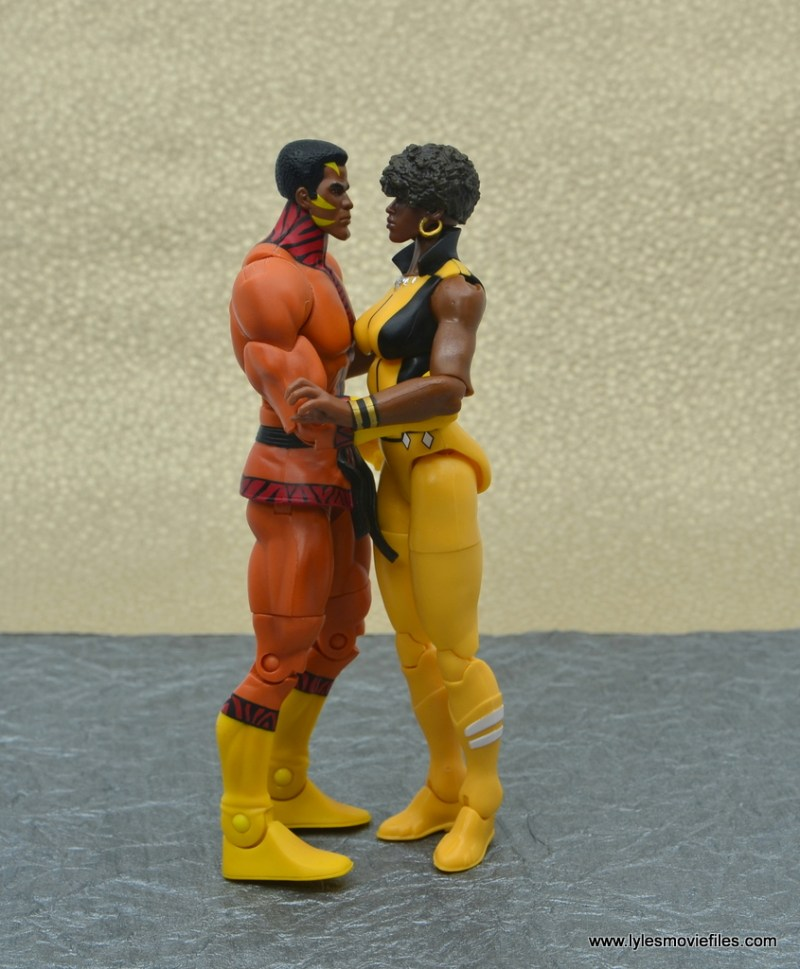 DC Multiverse Vixen figure review - with bronze tiger