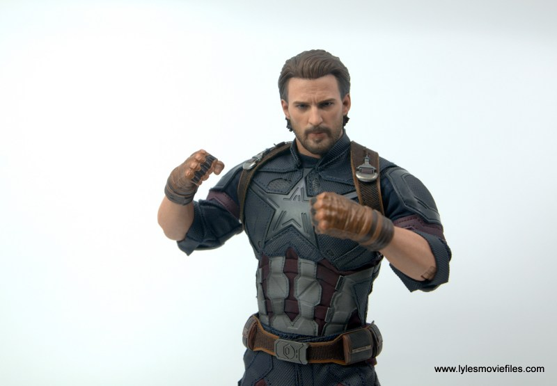 Hot Toys Avengers Infinity War Captain America figure review - he can do this all day