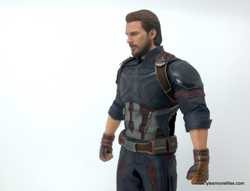 Hot Toys Avengers Infinity War Captain America figure review - uniform left side detail