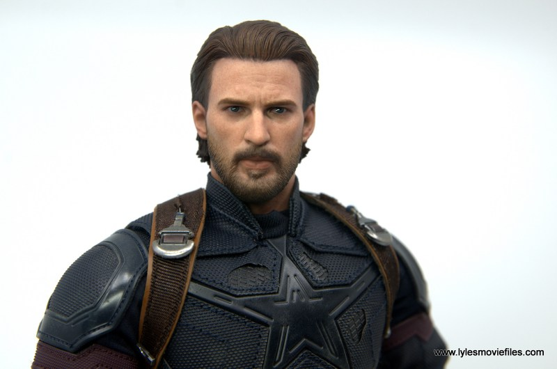 Hot Toys Avengers Infinity War Captain America figure review - wide shot