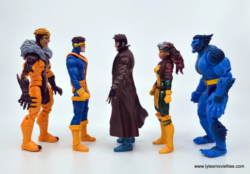 Marvel Legends Gambit figure review -scale with sabretooth, cyclops, rogue and beast