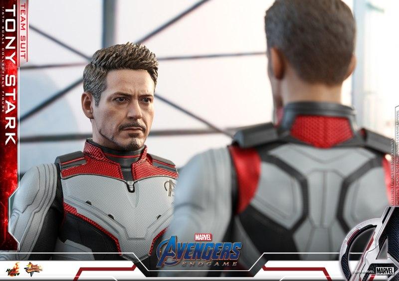 hot toys avengers endgame tony stark team suit -talking to cap