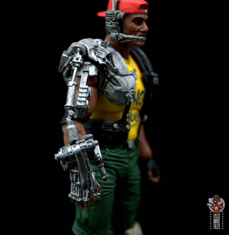 neca aliens sgt apone figure review - robotic arm detail