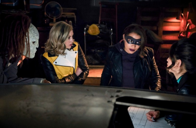 the flash - gone rogue review -rag doll, bug-eyed bandit, xs and weather witch