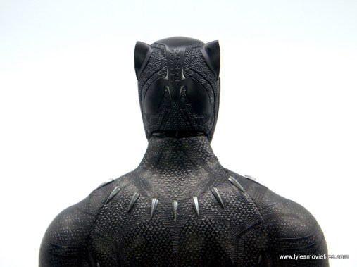 Hot Toys Black Panther figure review - back of helmet detail