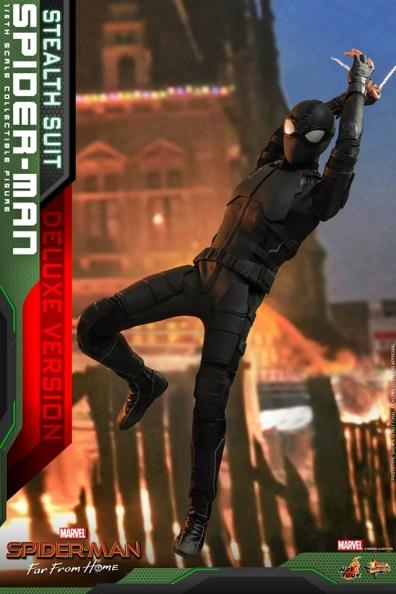 Hot Toys Spider-Man Stealth Suit Figure - landing