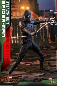 Hot Toys Spider-Man Stealth Suit Figure - pulling web