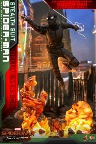 Hot Toys Spider-Man Stealth Suit Figure - slinging along