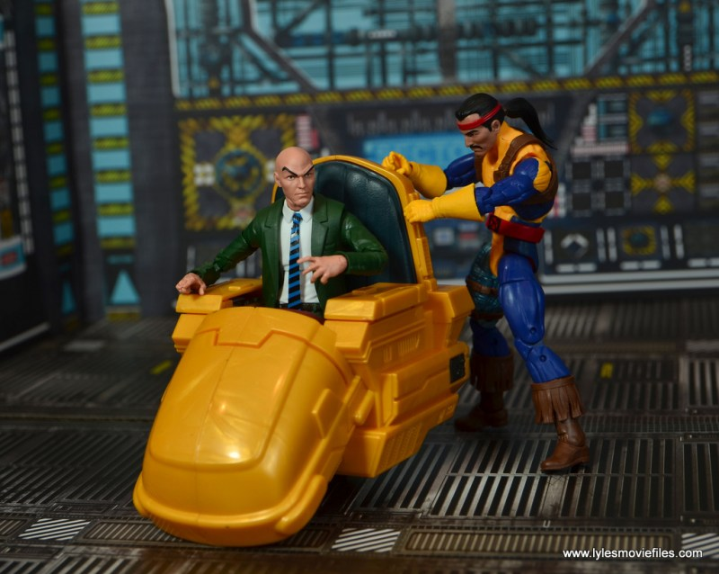 Marvel Legends Forge figure review - fixing professor x's chair