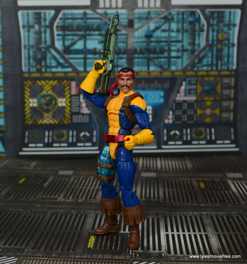 Marvel Legends Forge figure review - rifle up