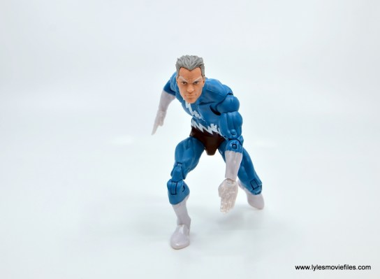 Marvel Legends Magneto, Quicksilver and Scarlet Witch figure review -quicksilver in runner's stance