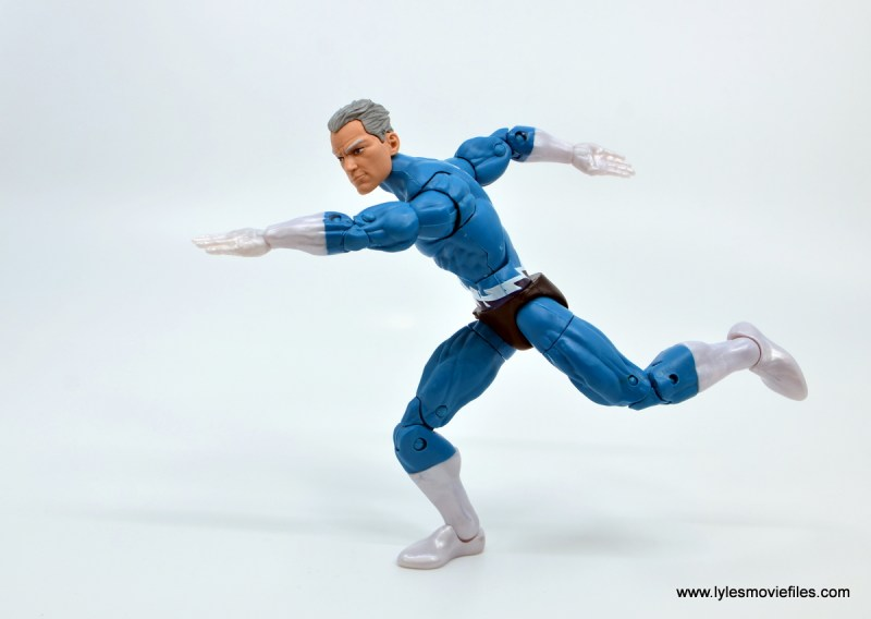 Marvel Legends Magneto, Quicksilver and Scarlet Witch figure review - quicksilver running to side