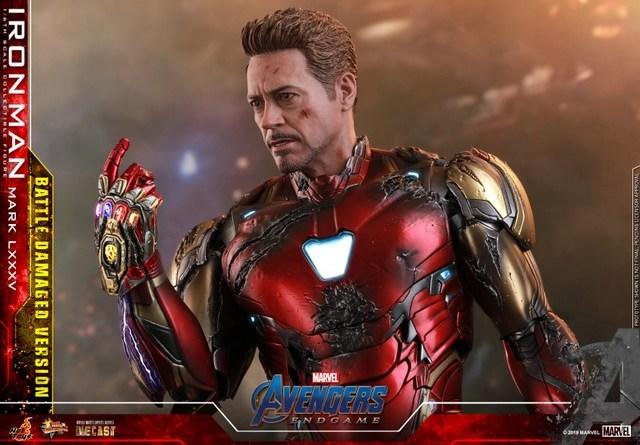 Hot Toys Avengers Endgame Iron Man Mark LXXXV Battle Damaged Figure -main pic