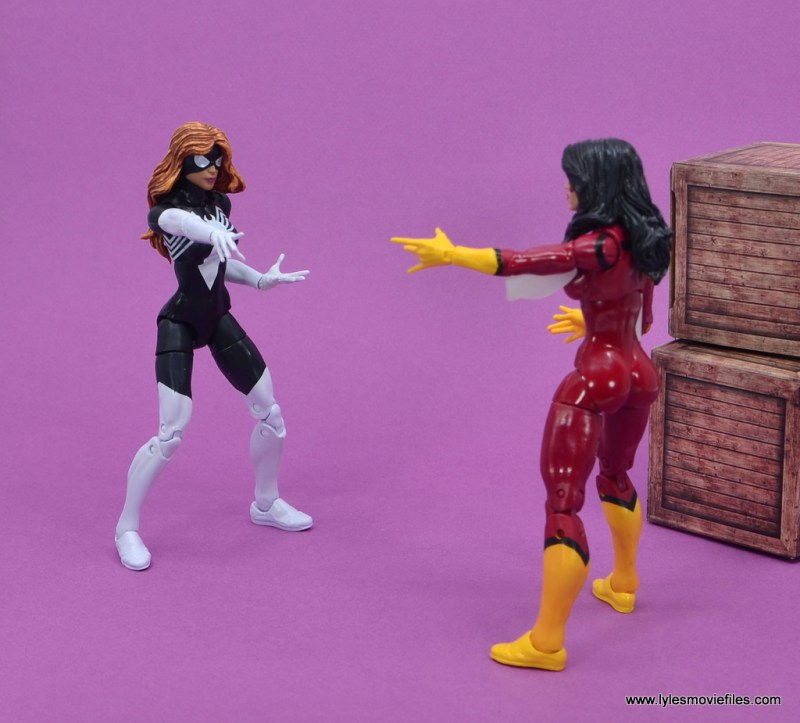 Marvel Legends Spider-Woman figure review - spider woman face off