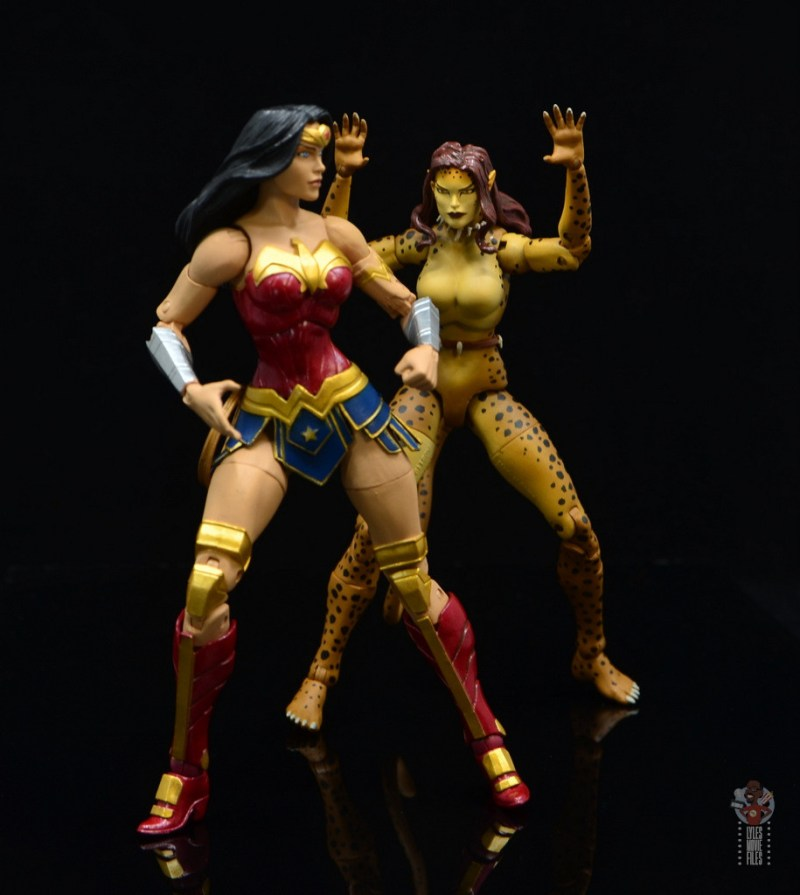 dc essentials cheetah figure review - attacking wonder woman