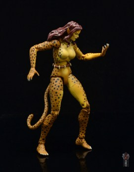 dc essentials cheetah figure review - looking at claws
