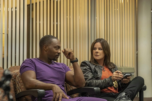 point blank review - anthony mackie and marcia gay harden