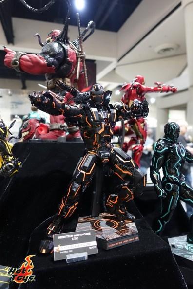 sdcc 2019 hot toys reveals - neon tech war machine